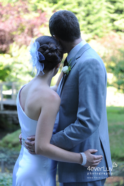 Julie + Keith, Mayne Island Wedding